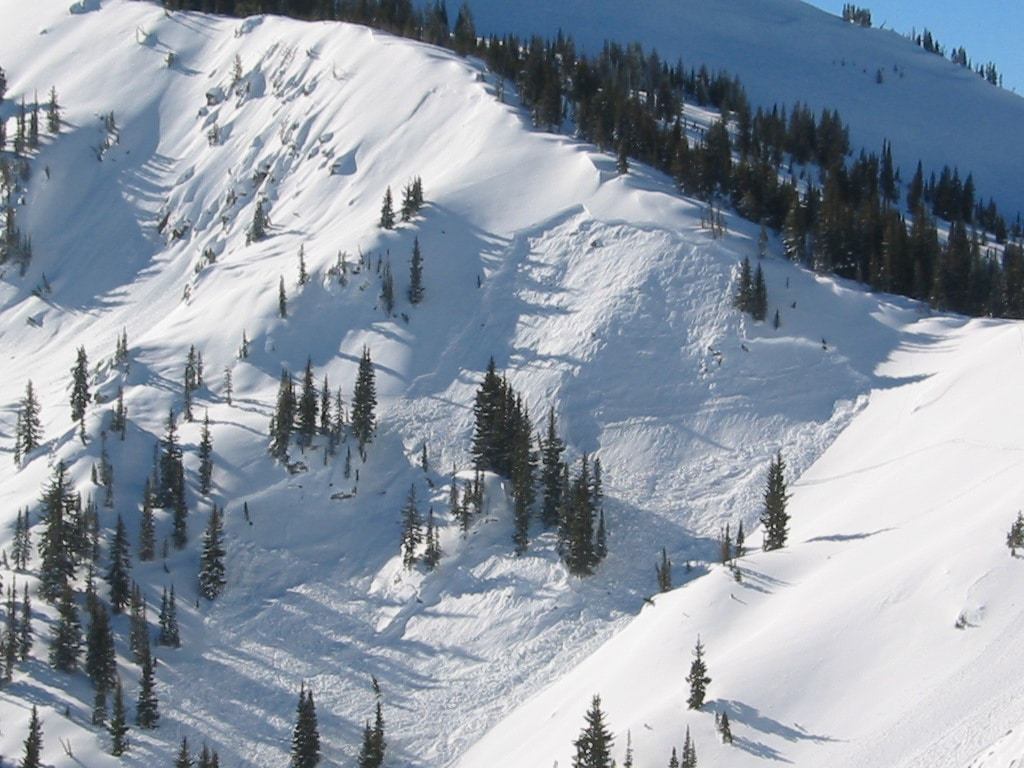 Skier Triggered Avalanche Outside Ski Area